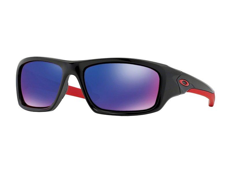 c346f43c75 Sunglasses Oakley Valve OO9236 923602